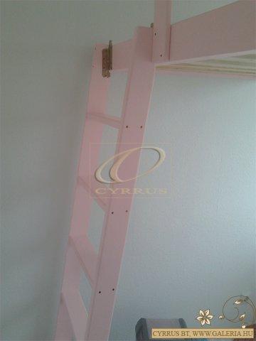 Halvány rózsaszín árnyalat